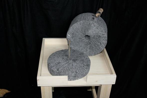 Handmühle nach römischen Vorbild